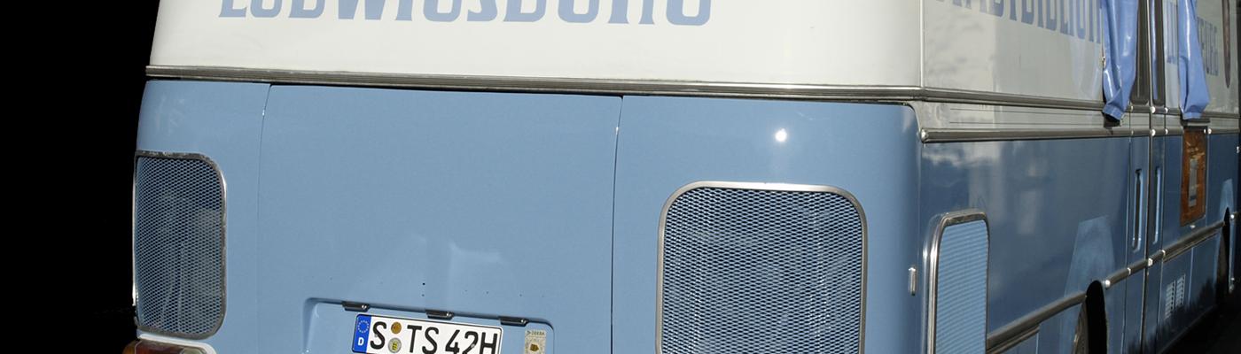 Der blaue Bus